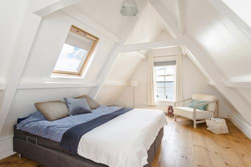 Landelijke zolder slaapkamer  Slaapkamer ideeën