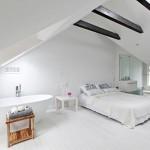 Leuke ideeën voor een witte slaapkamer op zolder
