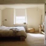 Rustieke slaapkamer met houten meubels