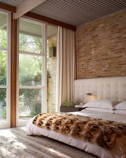 Slaapkamer Muur Ideeen : Bakstenen muur in de slaapkamer idee?n