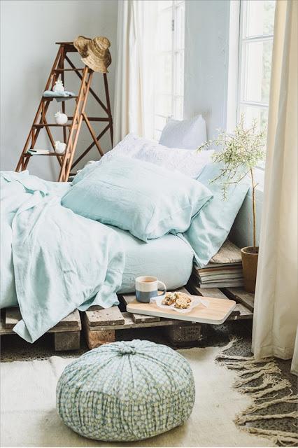 Bed van houten pallets