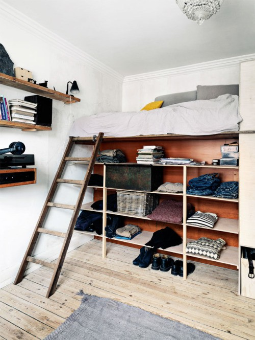 Bed- kledingkast combinatie