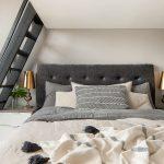 Een mezzanine werkplek in slaapkamer