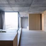 Stoere slaapkamer met patio tuintje