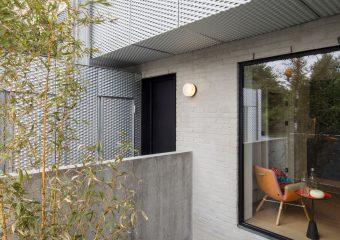 Binnenkijken in modern industrieel appartement uit Londen