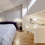 Bureau onder schuin dak
