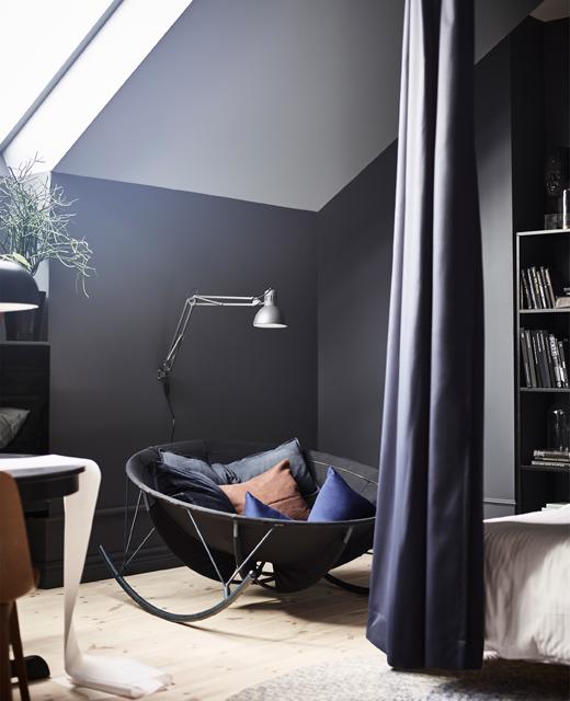 Een mooie en creatief ingerichte zolderslaapkamer