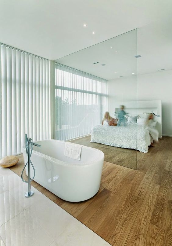 glazen scheidingswand slaapkamer badkamer