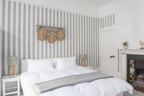 Behang woonkamer grijs - Trendy slaapkamer ...