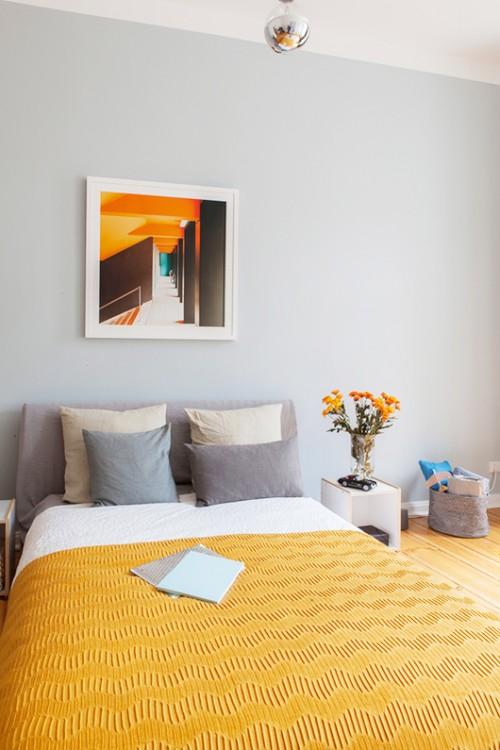 Ruime slaapkamer in een klein appartement  Slaapkamer ideeën