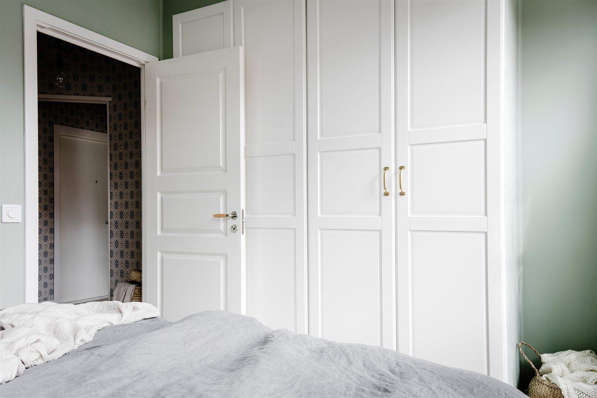 Kleine slaapkamer kledingkast beste inspiratie voor huis ontwerp - Kleine kledingkast ...