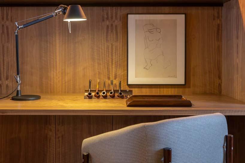 houten wandbekleding luxe slaapkamer