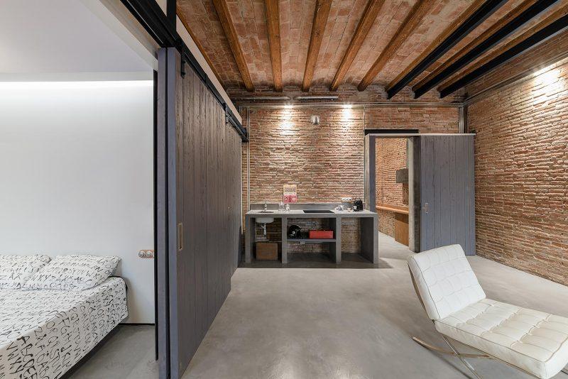 industriele-slaapkamer-barcelona-loft (1)