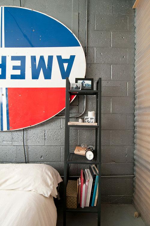 Industriële slaapkamer voormalige garage  Slaapkamer ideeën