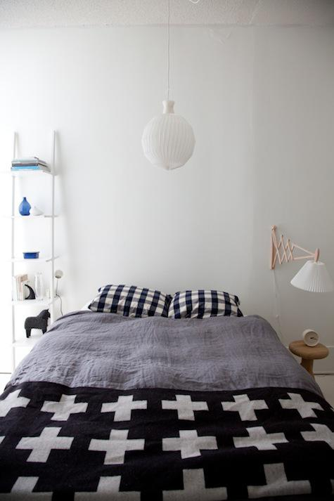De Japans Scandinavische slaapkamer van Juli en John