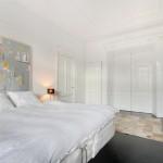 Karakteristieke slaapkamer met moderne afwerking