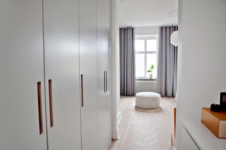 klassieke slaapkamer met open inloopkast slaapkamer idee235n