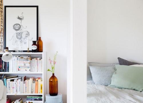 Scheidingswand Woonkamer Slaapkamer : Kleine slaapkamer met glazen ...