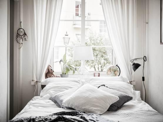 Kleine Slaapkamer Kledingkast : Kleine slaapkamer met kleine kledingkast slaapkamer ideeën