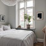 Kleine slaapkamer met slow living sfeer