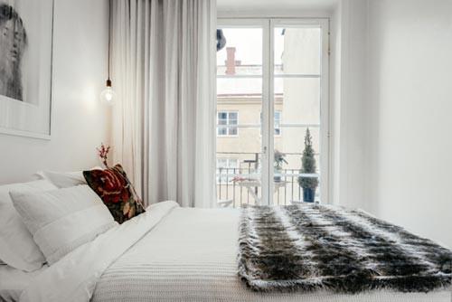 kleine knusse slaapkamer kleine slaapkamer met bedkast kleine ...