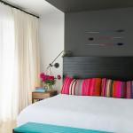 Kleurrijke slaapkamer door Jessica Helgerson