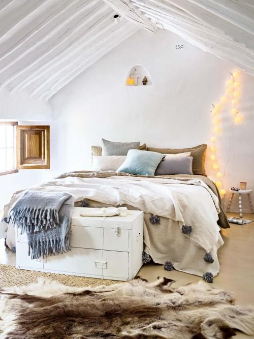 Knusse slaapkamer van een woonboerderij slaapkamer idee n - Eigentijdse stijl slaapkamer ...