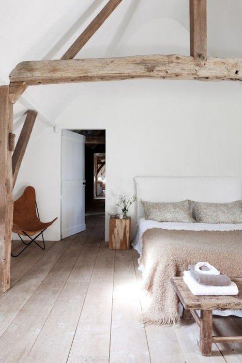 Landelijke rustieke slaapkamer slaapkamer idee n - Slaapkamer met zichtbare balken ...