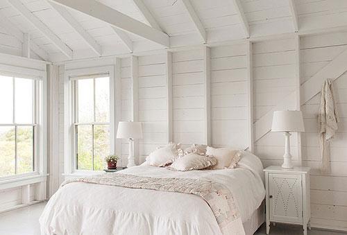 http://www.slaapkamer-ideeen.nl/wp-content/uploads/landelijke-zomerse-slaapkamer-zomerhuisje-4.jpg