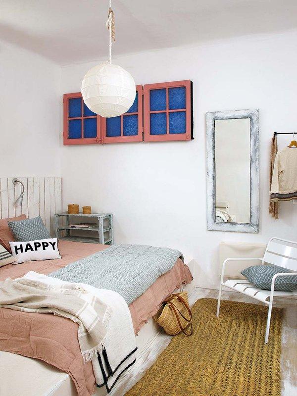Leuke witte slaapkamer met beachlook | Slaapkamer ideeën