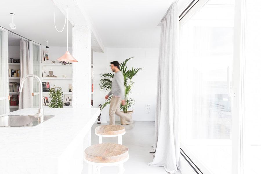 Lichte, frisse en moderne slaapkamer uit Madrid