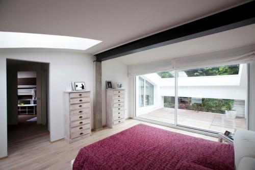 Loft slaapkamer met moderne gemakken  Slaapkamer ideeën