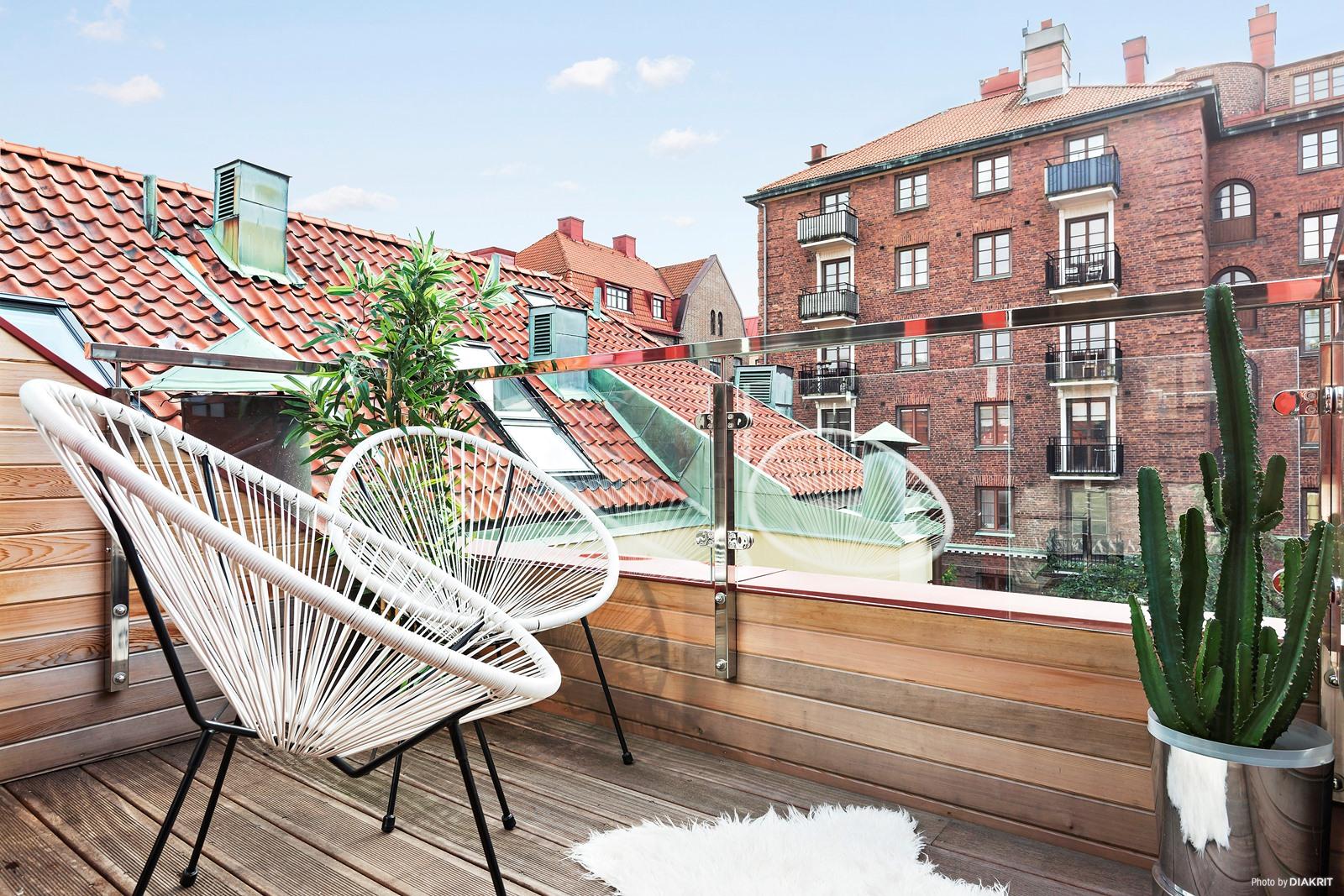 Luxe klassieke slaapkamer in een Scandinavisch appartement