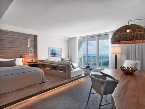 Slaapkamer van Beachfront hotel in Florida