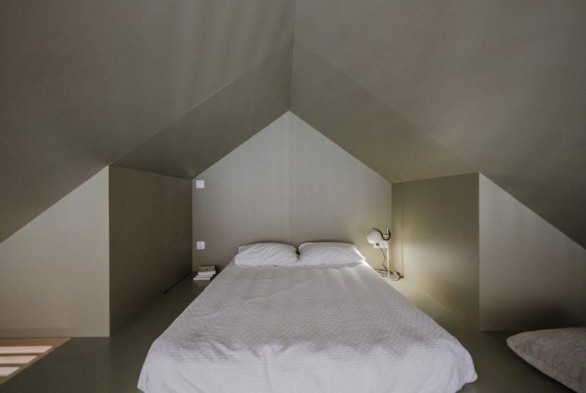 Minimalistische mosgroene slaapkamers
