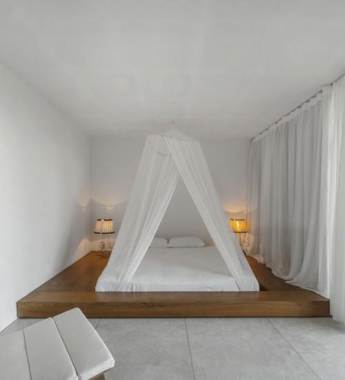 Minimalistische slaapkamer met Japans bed  Slaapkamer ideeën