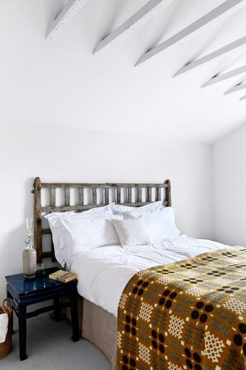 Mix stijl in stoere stoere slaapkamer uit Londen