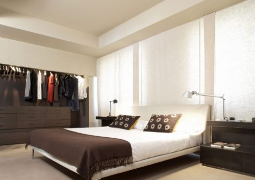 ... industriële slaapkamer met oen kledingkast  Slaapkamer ideeën