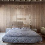 Moderne karakteristieke slaapkamer van Apartemento RJ