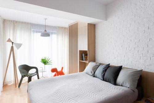 Moderne Scandinavische slaapkamer uit Boekarest