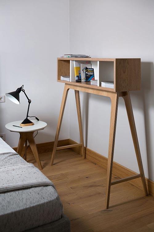 Moderne slaapkamer met hout en zwart staal  Slaapkamer ideeën