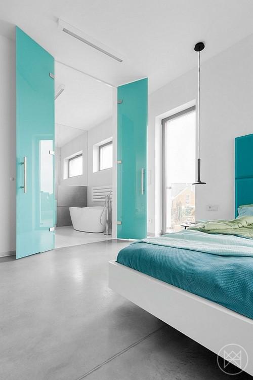 Moderne slaapkamer met turquoise accenten  Slaapkamer ideeën