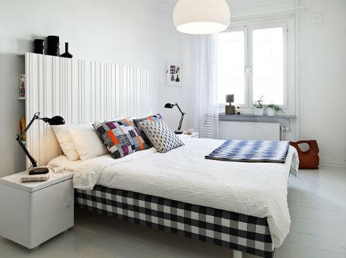 Moderne slaapkamer met simpele inrichting