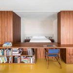 Mooie slaapkamer met een bijzondere open indeling