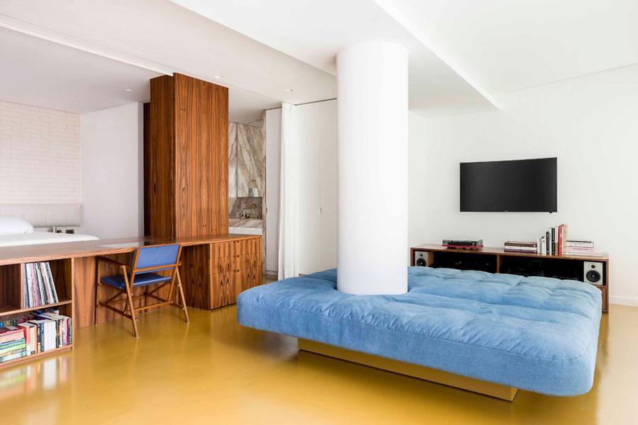 Mooie slaapkamer met een bijzondere open indeling | Slaapkamer ideeën