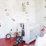 Rode vloer in babykamer