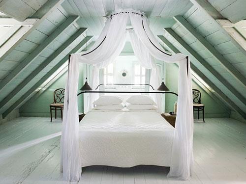 Romantische slaapkamer van Tom Scheerer