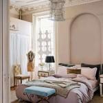 Romantische slaapkamer van elegant appartement uit New York
