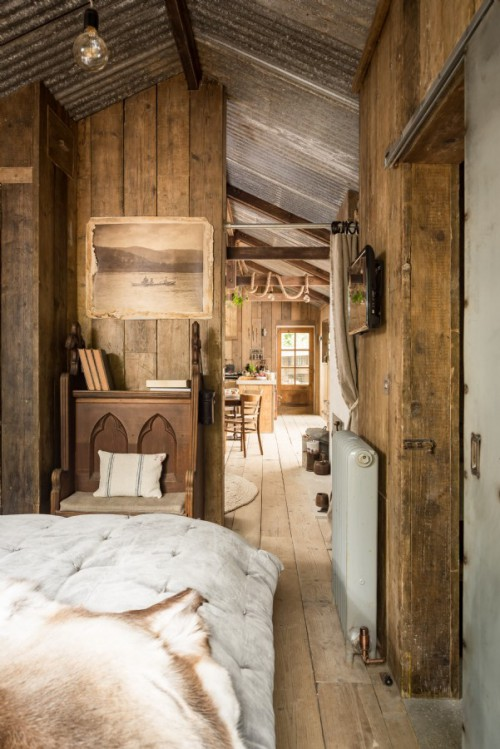 Rustieke slaapkamer met stijlvolle accessoires
