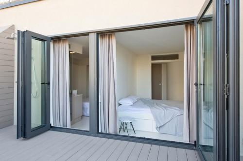 Scandinavische invloeden in een Spaanse slaapkamer